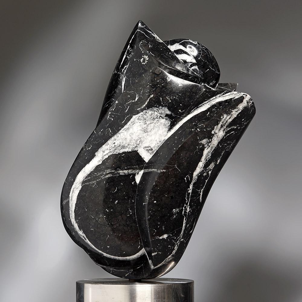 Bert-Penning-beeld-zwarte-bloem-1